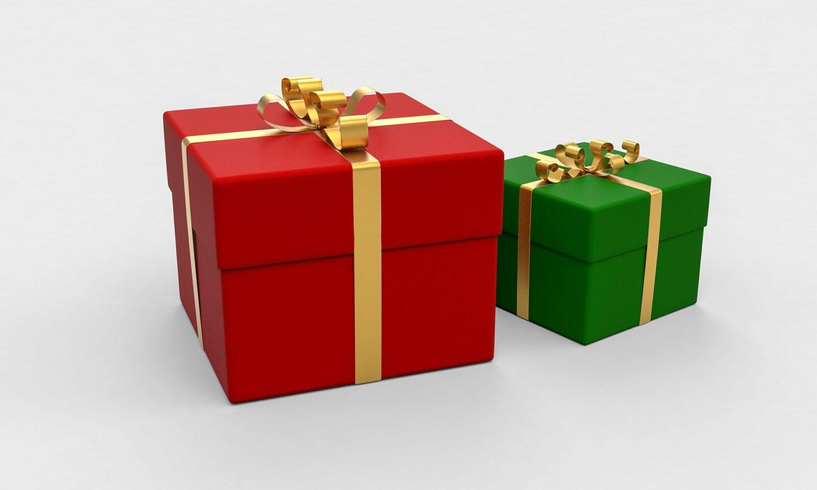 Last Call for Christmas Merchandise - Dec 11